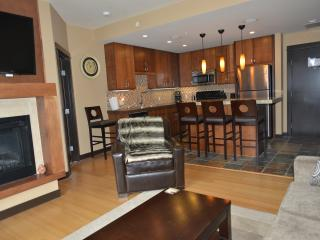 Private 2 Bedroom 2 Bathroom Suite - Canmore vacation rentals