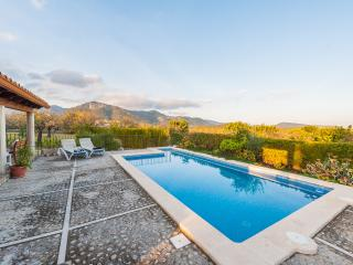 CAN GALLU  - Property for 2 people in Moscari - Campanet vacation rentals