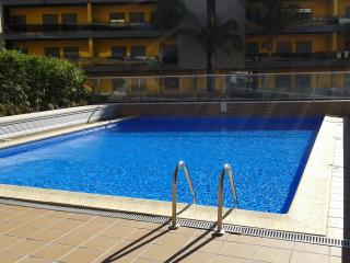 Luxury apartment, 250mt from the beach - Quarteira vacation rentals