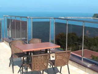 Bright 1 bedroom Vacation Rental in Kiten - Kiten vacation rentals