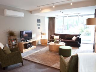 Kent Street Apartments Element Escapes - Queenstown vacation rentals