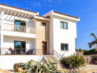 Villa Athena - Luxury 3 Bedroom Villa with Pool - Paralimni vacation rentals