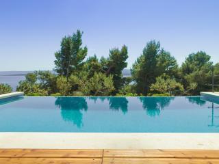 Romantic Villa Harmony in Bol - Bol vacation rentals