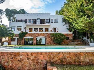 Casa Ibicenca - San Antonio de Calonge vacation rentals