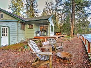 New Listing! Riverfront 3BR Blue River House on the McKenzie w/Fireplace, Large Private Deck & Stunning Water Views - Phenomenal Location! Easy Access to Endless Outdoor Activities! - Blue River vacation rentals