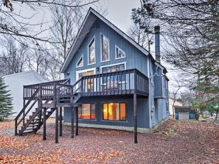New Listing! Calm & Quiet 4BR Tobyhanna Home w/Private Wraparound Deck & Peaceful Views - Within 10 Miles of Ski Resorts, Mount Airy Casino, Town Center & Family Fun! - Tobyhanna vacation rentals