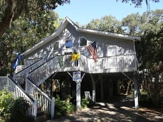 "1619 Lybrand St. - ""Edisto Sunset"" - Edisto Beach vacation rentals"