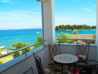3bed, Panoramic view, All New apartment Funny Time - Preko vacation rentals