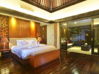 Cozy One Bedroom Beach Villa at Gianyar - Gianyar vacation rentals