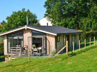 CARROCK LODGE, Paddigill Farm, Caldbeck, near Keswick - Caldbeck vacation rentals