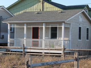Beautiful Cottage with Internet Access and A/C - Nags Head vacation rentals