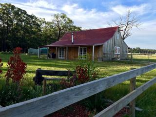 Tessy's Run Farm Stay Accommodation - Meeniyan vacation rentals