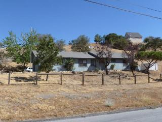Nice House with Internet Access and A/C - Tehachapi vacation rentals