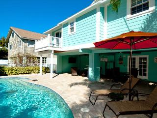 2 bedroom House with Deck in Anna Maria - Anna Maria vacation rentals
