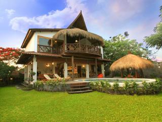 Flamboyant House, sea view luxury villa - Nusa Dua vacation rentals