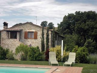 5 bedroom Independent house in Todi, Umbrian countryside, Umbria, Italy : ref 2307282 - Todi vacation rentals