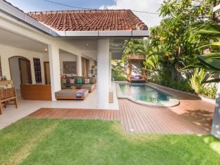 BBQ, Private Pool, 2BD - 5 Pax - Seminyak Border - Denpasar vacation rentals