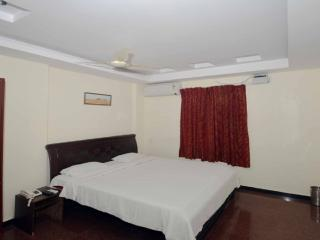 Convenient 3 bedroom Bed and Breakfast in Visakhapatnam - Visakhapatnam vacation rentals