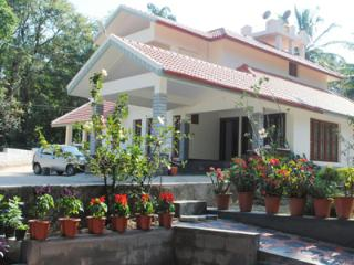 Lovely House with Internet Access and Satellite Or Cable TV - Chikamagalur vacation rentals