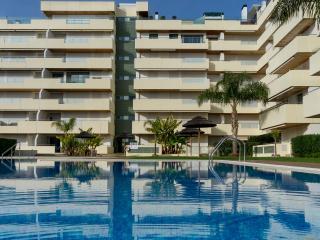 Aphex White Apartment, Vilamoura, Algarve - Vilamoura vacation rentals