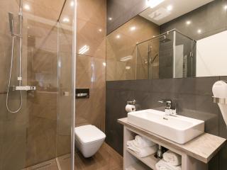 Vienna Stay Apartment Castellez Relax + Balcony - Vienna vacation rentals