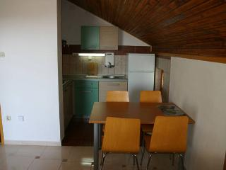 Gogo 4 nice apartment for 4 people - Novalja vacation rentals