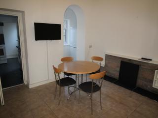 4 Bed House to sleep 8 people - Pontypridd vacation rentals
