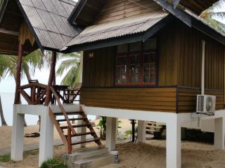 At Beach Pool & Bungalow Beachfront - Mae Nam vacation rentals