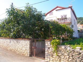 3bed, Sea view apartment Merkur - Preko vacation rentals
