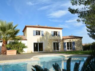 Perfect 5 bedroom Saint-Drezery Villa with Internet Access - Saint-Drezery vacation rentals