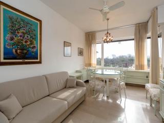 VIAREGGIO 2 BEDROOM SEA VIEW NICE&QUIETE FLAT - Viareggio vacation rentals