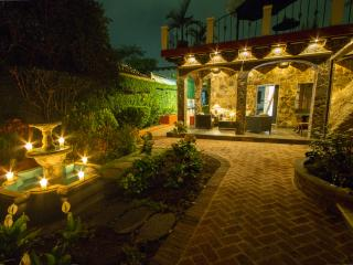 Romantic 1 bedroom House in Antigua Guatemala - Antigua Guatemala vacation rentals