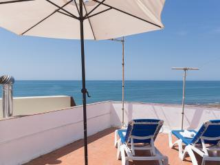 SeaView 1º Apartment 30meters from the Beach - Olhos de Agua vacation rentals
