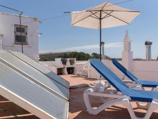 Sea View Apartment 30 meters from the Beach Albufe - Olhos de Agua vacation rentals