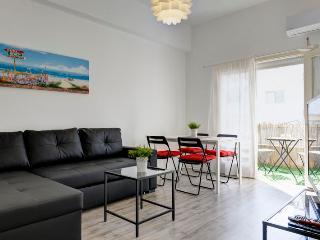 Stylish 1 bedroom with a sunny balcony - Tel Aviv vacation rentals