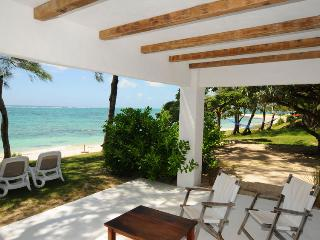 Studio Isabella 5 meters from the beach only - Trou d'eau Douce vacation rentals