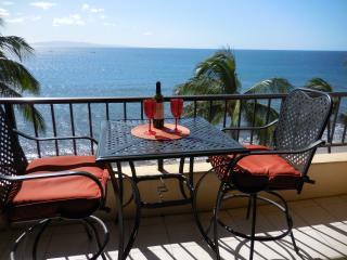 Sugar Beach Resort Ocean Front Penthouse 24 - Kihei vacation rentals
