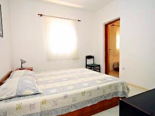 2bed, apartment Leda in Center - Preko vacation rentals