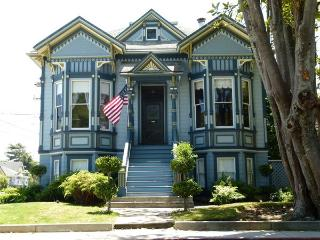 Gorgeous Historic Victorian, Walk to Wharf, Beach - Santa Cruz vacation rentals
