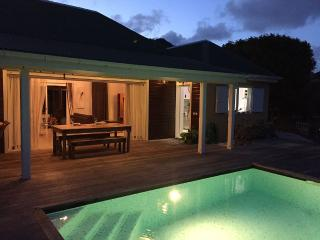 Nice Villa with Deck and Internet Access - Marigot vacation rentals