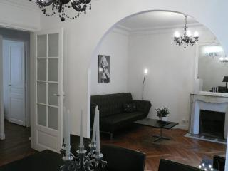 Charmant appartement Le Marais /042 - Paris vacation rentals