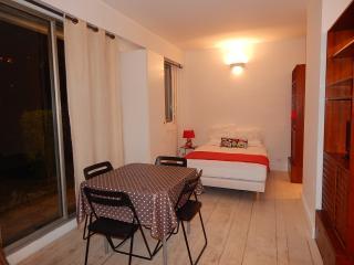 Nice Neuilly-sur-Seine Studio rental with Internet Access - Neuilly-sur-Seine vacation rentals