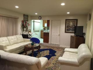Nice Studio with Internet Access and Satellite Or Cable TV - Sunnyvale vacation rentals