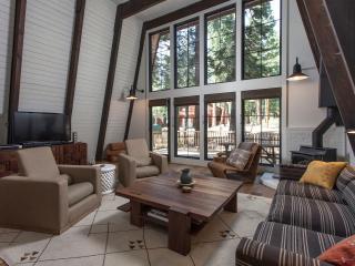 Oliver Completely Remodeled Cabin - Hot Tub - Agate Bay vacation rentals