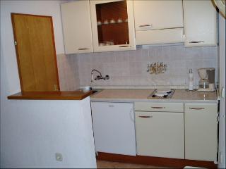 Modern apartment for 4 near vrbnik center - Vrbnik vacation rentals