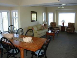 *REDUCED* Tidewater Clubhouse Villas Upscale - North Myrtle Beach vacation rentals