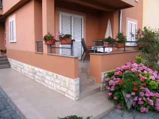 JurAn Sukosan-Croatia: Apartment A1 (3+1) - Dalmatia vacation rentals