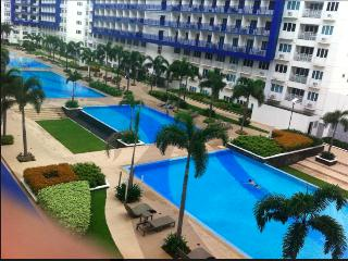 2 Bedroom Furnished Condo Across Mall of Asia - Pasay vacation rentals