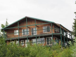 5 bedroom Bed and Breakfast with Boat Available in Coffman Cove - Coffman Cove vacation rentals