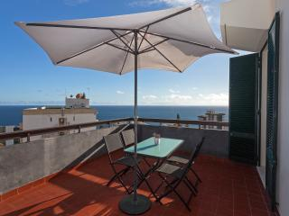 Casa Branca 2, stunning balcony views - Funchal vacation rentals